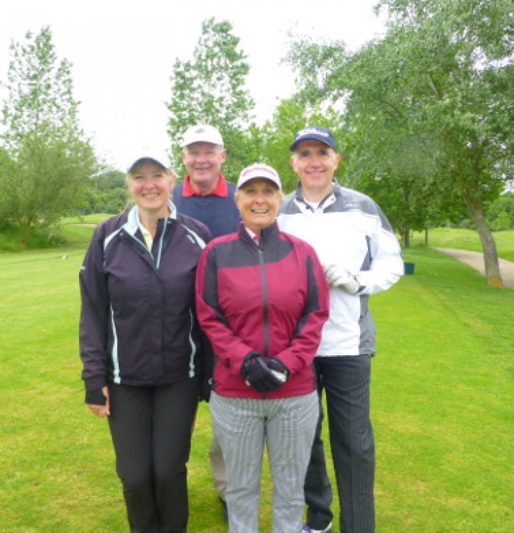 Stanway Villa FC – Golf Day 2016 – Team Pictures